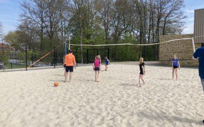 Speciale beachclinic voor nieuwe jeugdleden